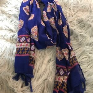 Accessories - basic scarf